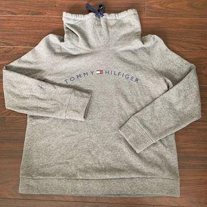 Tommy Hilfiger Sport turtle neck sweatshirt large